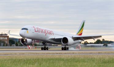 Ethiopian Airbus A350 touching down