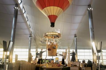 Burberry balloon 2