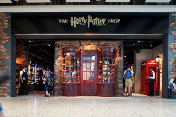 a6d709c1445 THE new HARRY POTTER™ SHOP has officially opened its doors at Heathrow  Terminal 5