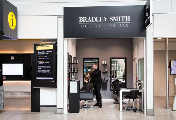 Bradley Smith T5 blow dry bar 1