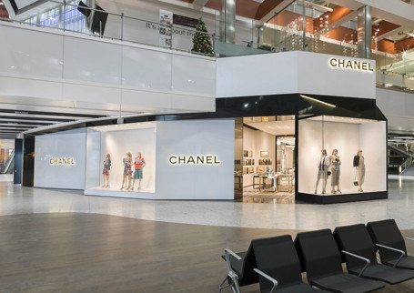 CHANEL boutique opens in Terminal 5